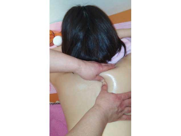 千葉県千葉市不妊症NO1やすらぎアロマ整体院の写真5