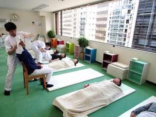 骨盤ゆらゆら整体:川井筋系帯療法 東京治療センター